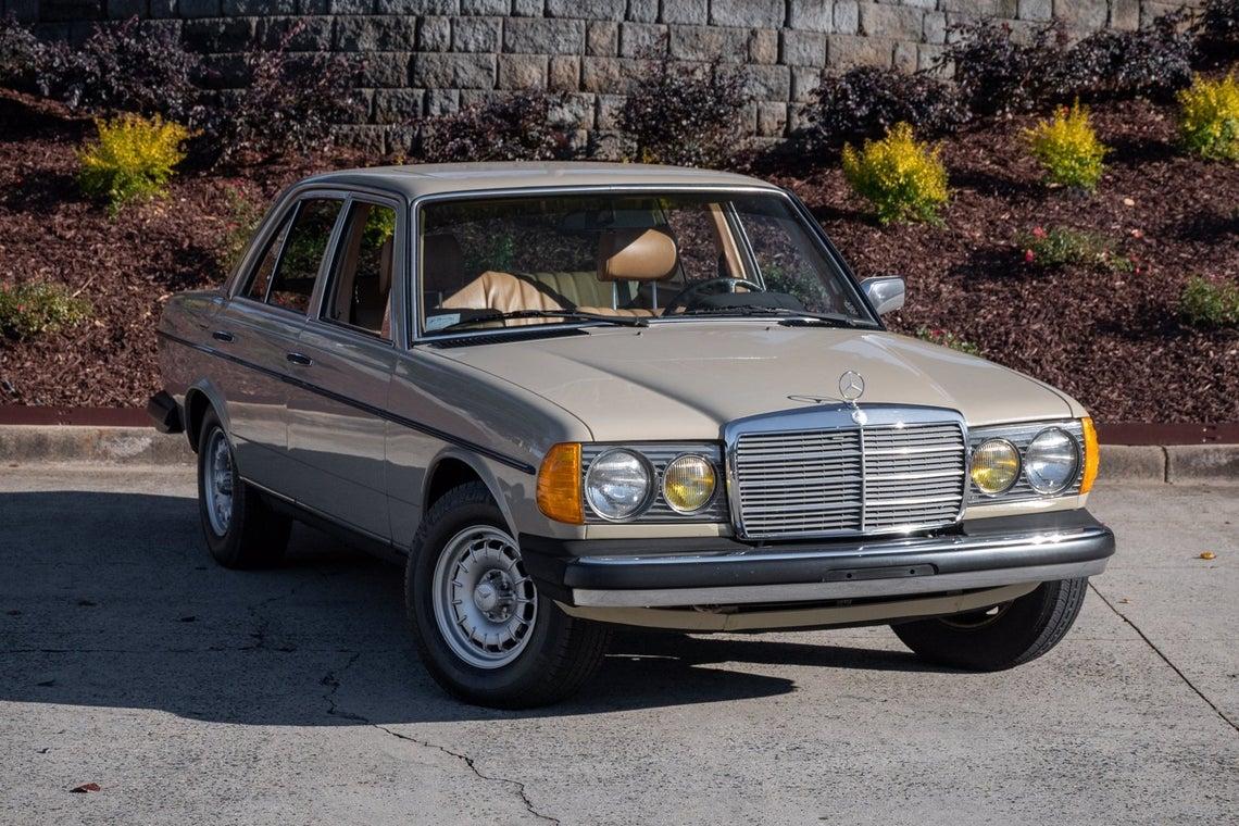 1982 Mercedes-Benz 240D SEDAN Charlotte NC | Cornelius ...